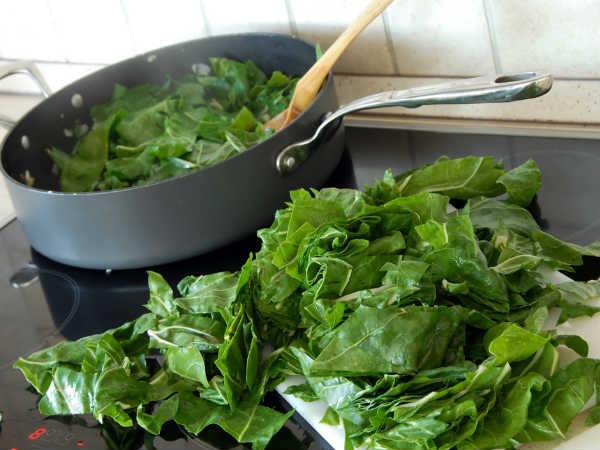Chlorophyll rich food