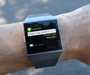 A new Fitbit update allows Android users to reply SMS message in Smartwatch