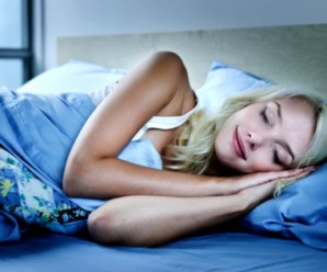 Top mattress buying tips to treat back pain and sleep better