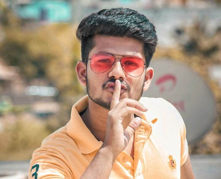 Akshay Athare Biography, Girlfriend, Height, Weight, Age, Income & More