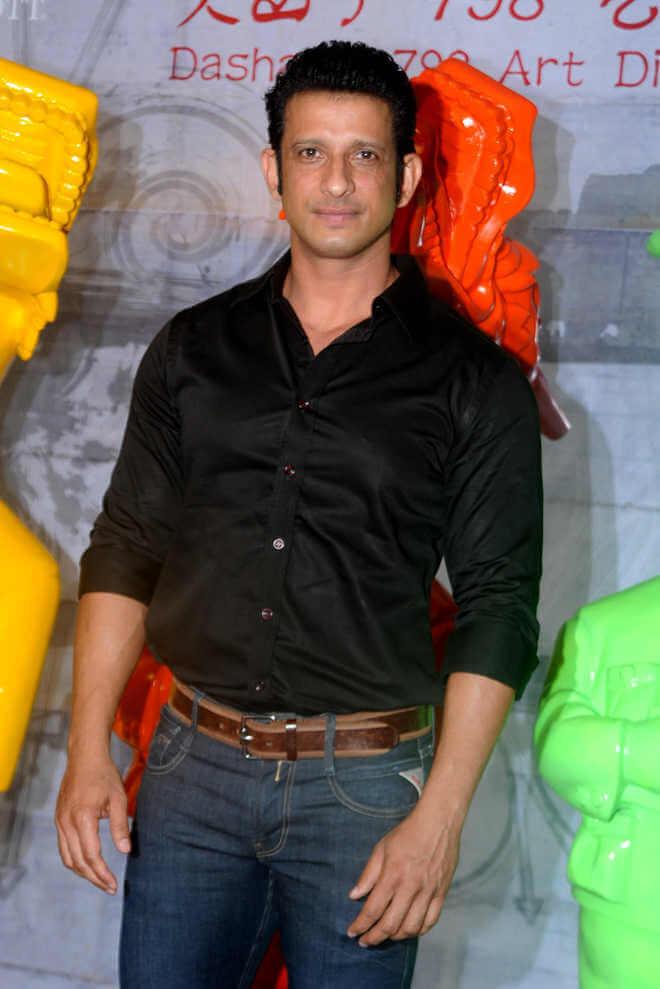 Sharman Joshi Biography, Height, Weight, Age, Wife, Affairs & More