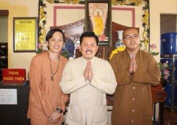 Cộng đồng mạng tìm được ảnh Võ Hoàng Yên chụp cùng Hoài Linh