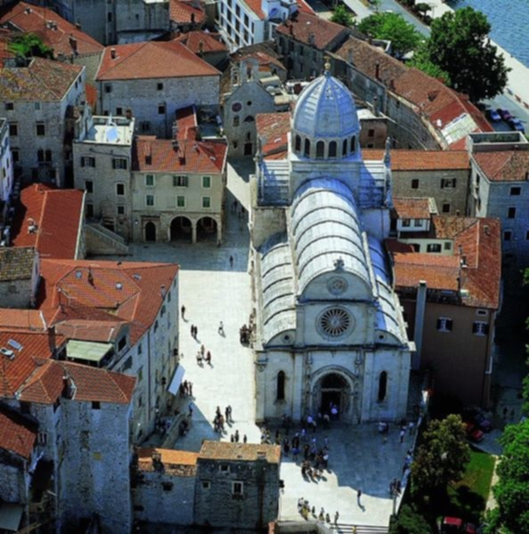 Image:594px-Sibenik Croatia Cathedral of St Jacob.jpg