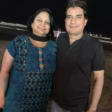 Akshita Mudgal (Actress) Father and Mother