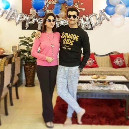 Sharad Malhotra Sister