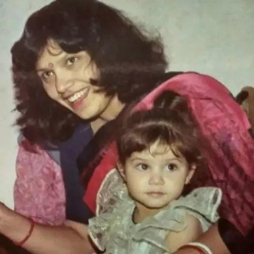 Tanya Purohit Mother