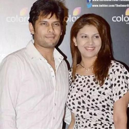 Amar Upadhyay wife