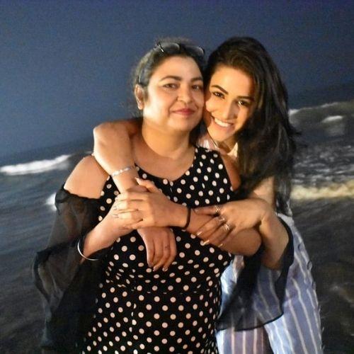 Amandeep Sidhu with Mother
