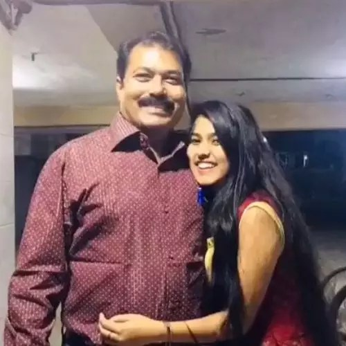 Aishani Yadav with Father