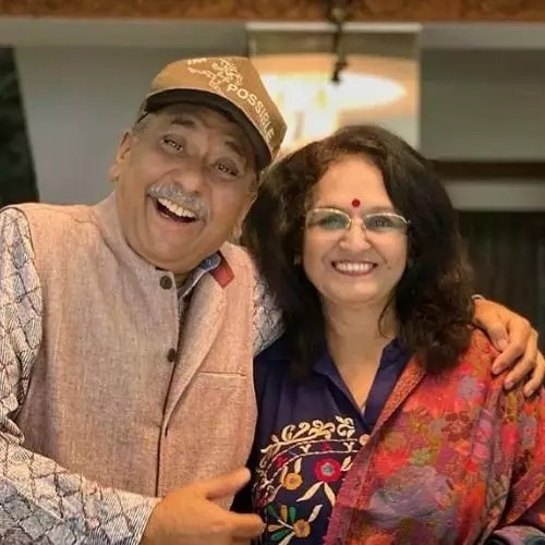 Mukti Mohan's father and mother