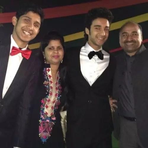 Raghav Juyal Family