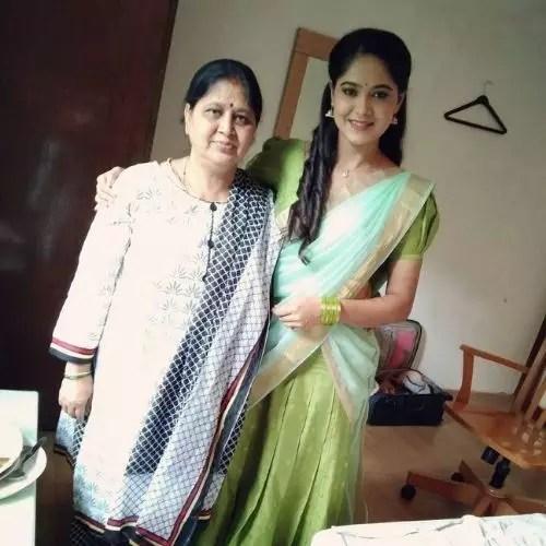 Mokshitha Pai with Mother
