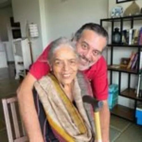 Shishir Sharma with His Mother
