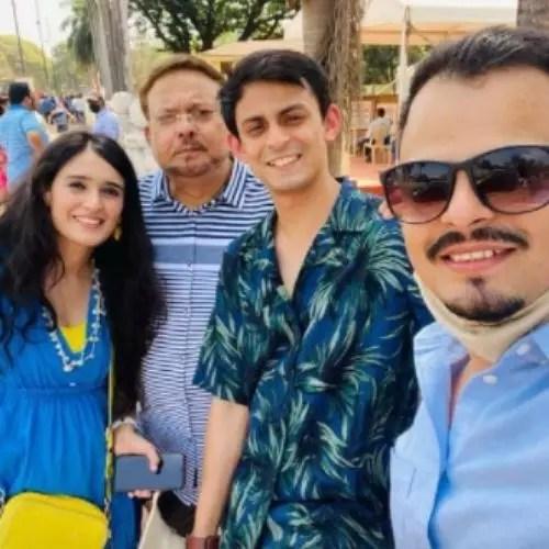 Pankhuri Awasthy Family