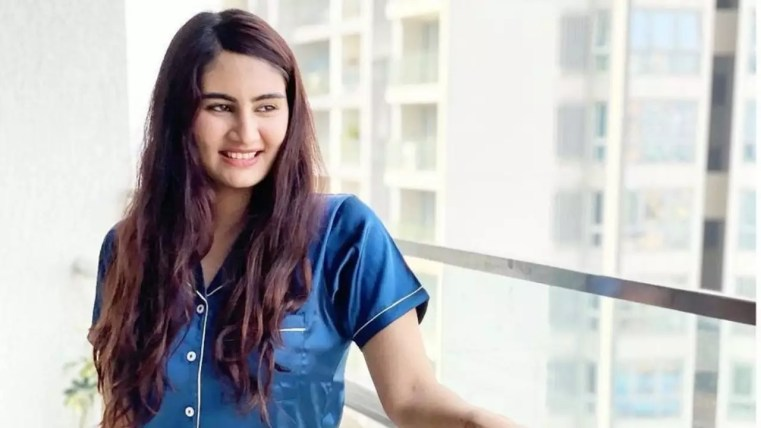 Vedika Bhandari (Actress)