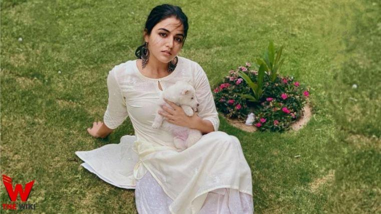 Vamika Gabbi (Actress)