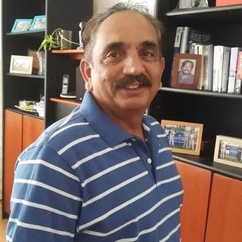 zoya hussain father