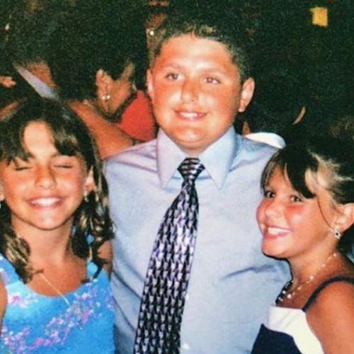 Michael Vlamis with siblings