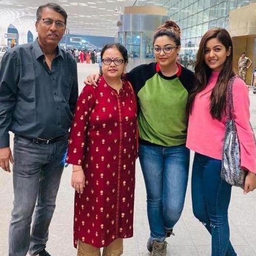 Ishita Dutta with family