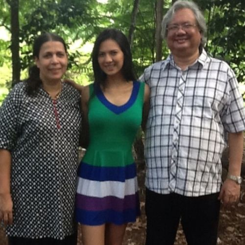 Rochelle Rao with Parents