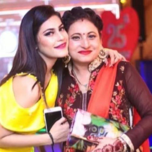 Kritika Malik with Mother