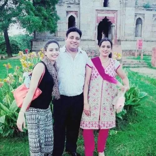 Priyanka Nayan with Parents