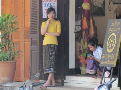 Shop Keepers, Laos