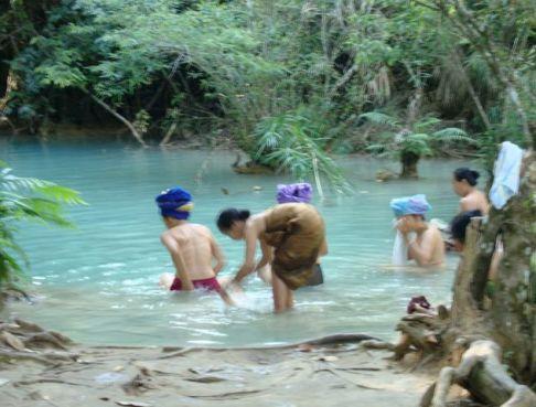 Laos Ladies 9