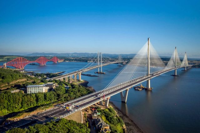 The-Forth-Bridge-Forth-Road-Bridge-and-Queensferry-Crossing-1200x800