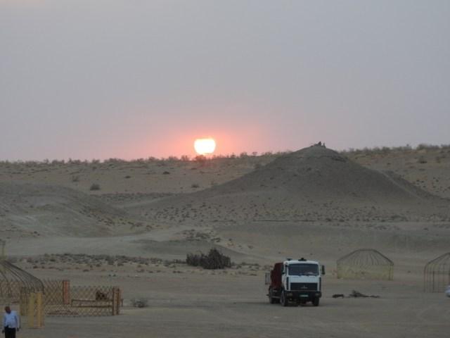 Karakum Desert Sunset, Darvaza, Turkmenistan