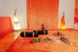 tantra-massage-tempel-studio-berlin-mitte-wild-life-touch-praxis-location-liebesspielwiese-1 - Fotograf: Gregor Philipps • http://tetrachrome.de
