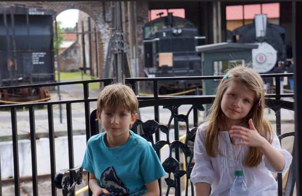 Luce theo train ride savannah