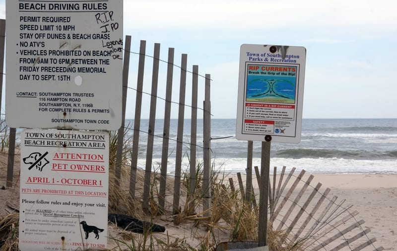 Atlantic Beach rip current sign Southampton