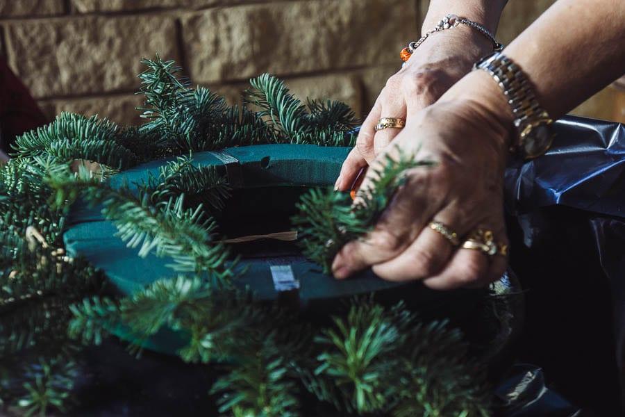 Christmas wreath ring demonstration