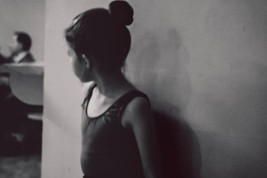 Little Dancer BW waiting