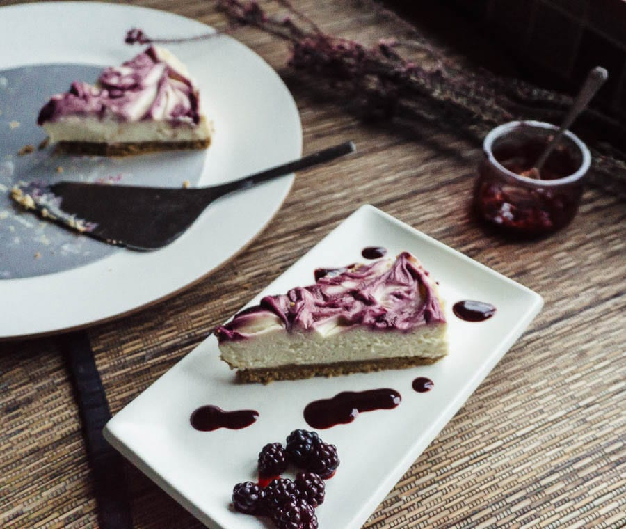White Chocolate Cheesecake with Blackberries recipe