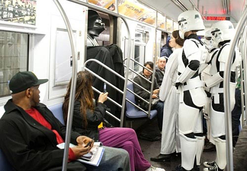 22 Times Total Craziness Was Casually Spotted On The Subway Wildammo (4)