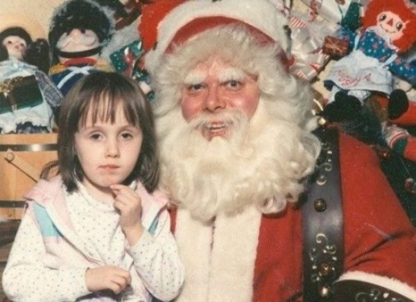 Terrifying Santas You Should Never Let You Kid Near (11)