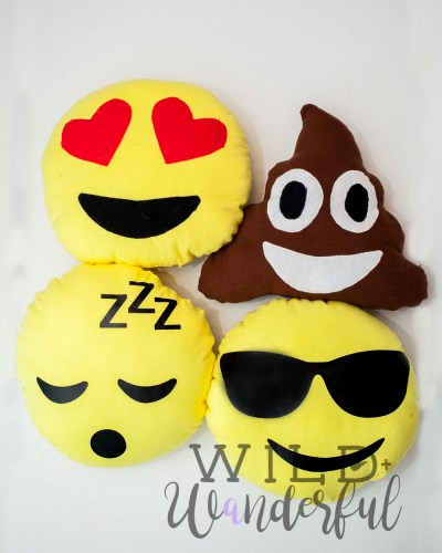 Emoji Pillows :: 2017 Holiday Freebies with Patterns for Pirates