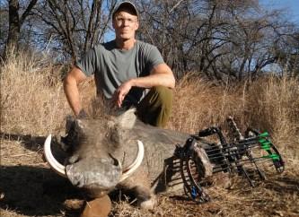 Der Jäger bei der Arbeit für den Arten- und Tierschutz.