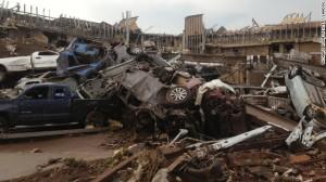 130520195628-01-oklahoma-city-tornado-0520-horizontal-gallery