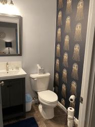Millay House: Half-bath