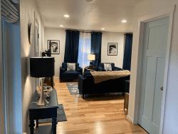 Millay House: Living room