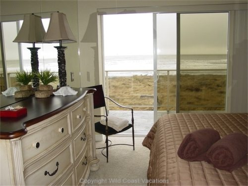 Sea House bedroom access