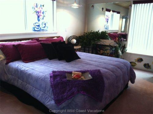 Sea Shadows queen bed