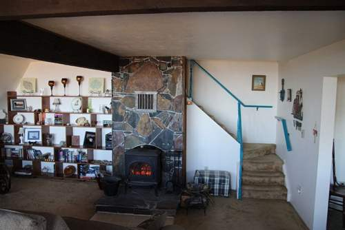 Vista De Oro family room