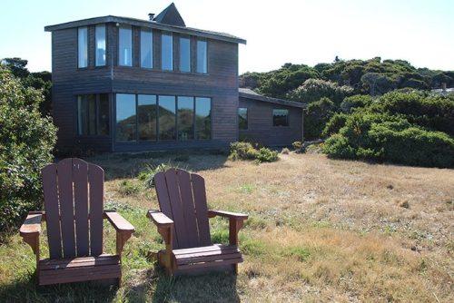Vista De Oro House backyard