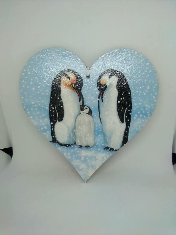penguin mdf heart