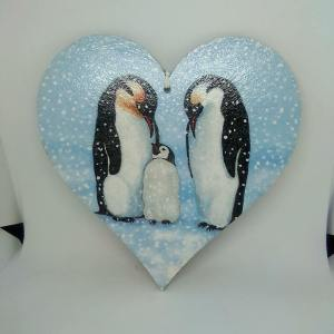 penguin mdf heart