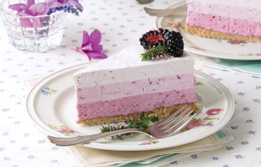 Blackberry & Apple Yogurt Cake